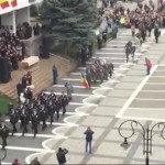 2017.12.04-Parada militara in Piata Corneliu Coposu _ novatv.ro [360p].mp4_20171205_104627.547